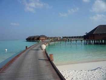 Maldives, South Male Atoll, Olhuveli Beach & Spa Resort