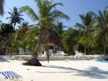 Maldives, North Male Atoll, Thulhagiri Island Resort